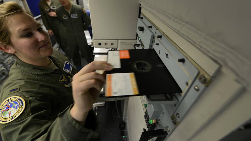 nucleaire-wapens-draaien-op-floppies-in-vs
